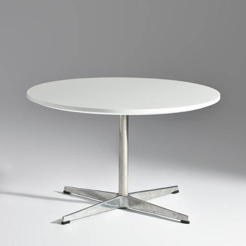 Arne Jacobsen Coffee Table